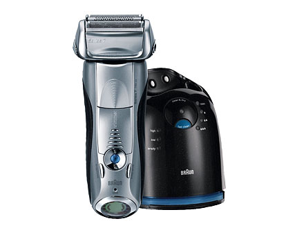 Braun 790 Electric Shaver with Clean & Renew Charger