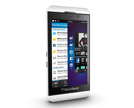 Blackberry Z10, 4.2-inch, 1.50GHz, 2GB RAM, 16GB